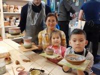 В гончарную мастерскую в Москве требуется подмастерье
