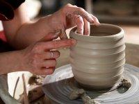 В мастерскую керамики требуется гончар. М. Бабушкинская