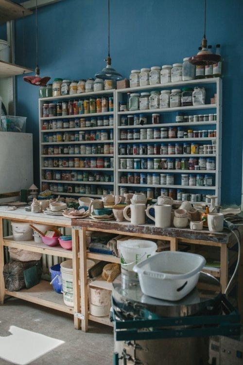 Ищем педагога в студию художественной керамики